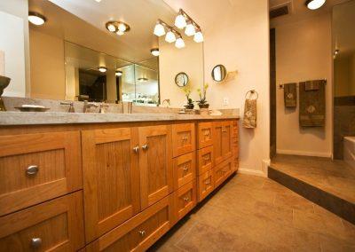 Bath-Strasser-Sink-Built-in-Vanity
