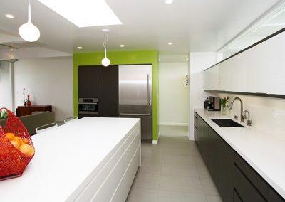 CeasarStone-Kitchen-White