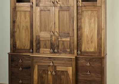Jay-Design-Hearst-Castle-Collection-Cabinet