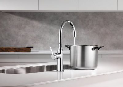 KWC-Single-Lever-Mixter-Faucet-in-Action