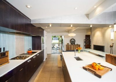 PentalQuartz-Kitchen-with-Island