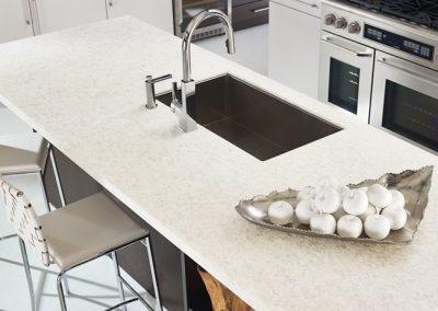 Zodiaq-Contemporary-White-Kitchen